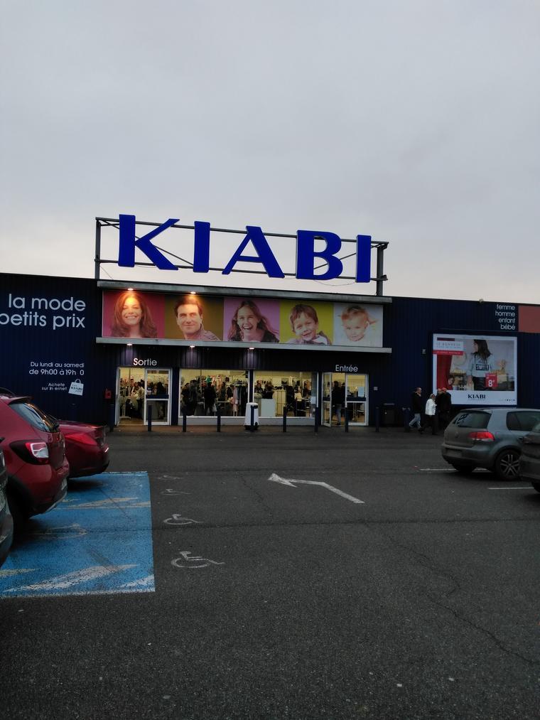 kiabi saint quentin fermeture de magasin portail de lutte ouvri re. Black Bedroom Furniture Sets. Home Design Ideas